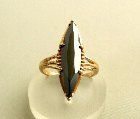 14 karaat gouden ring met hematiet