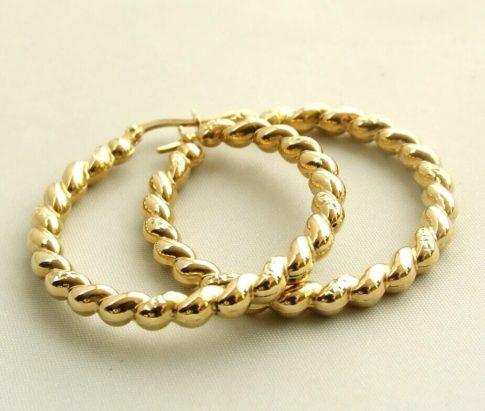 Gouden torsoorbellen