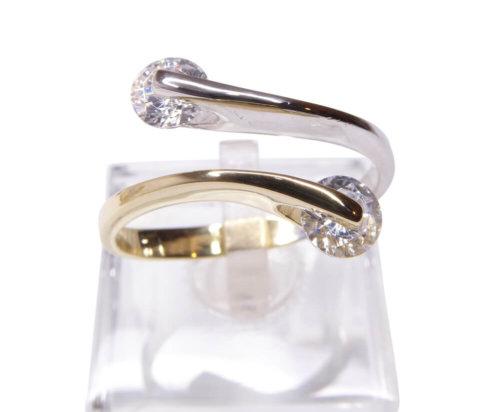 14 karaats bicolor gouden ring met zirkonia