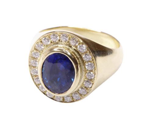 Gouden ring met saffier en diamanten