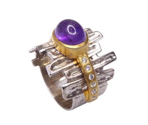 Zilveren ring met amethyst en zirkonia