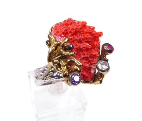 Zilveren ring met sponskoraal
