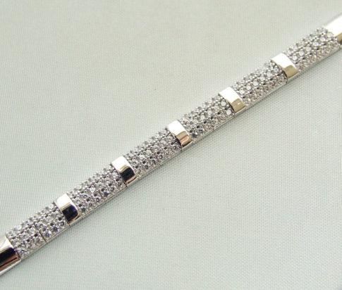 14 karaat wit gouden zirkonia armband