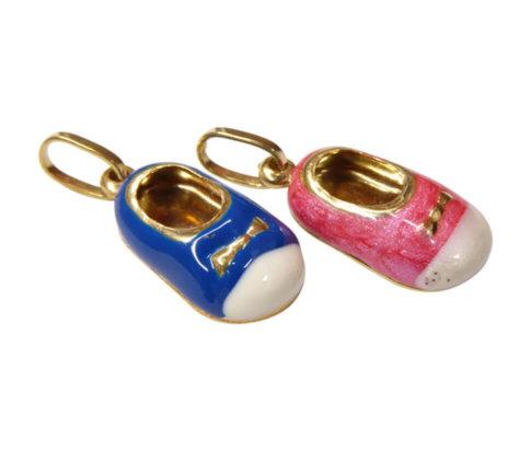 Gouden emaille meisjesschoen