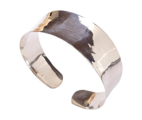 Zilveren klemarmband met hamerslag