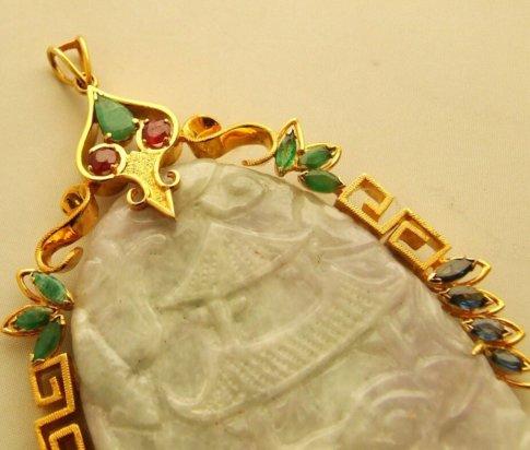 18 karaat gouden hanger met jade