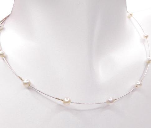 Wit gouden collier met parels