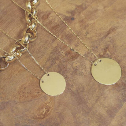 Geel gouden ketting met ronde hanger