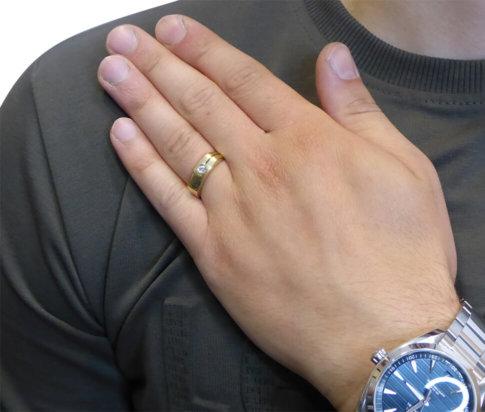 Gouden cachet ring met zirkonia