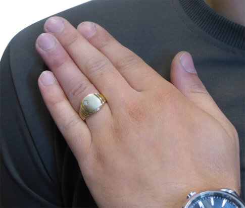 Christian geel gouden diamanten cachet ring