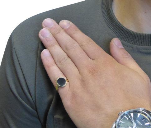 Geel gouden cachet ring met lagensteen