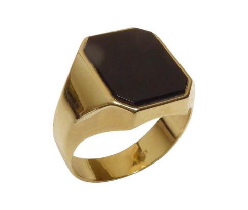 Gouden cachet ring met lagensteen