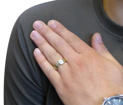 Gouden zirkonia cachet ring