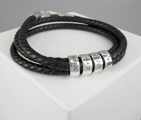 Zilveren naam armband met leer