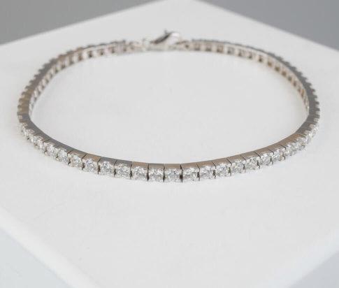 Christian wit goud zirkonia armband